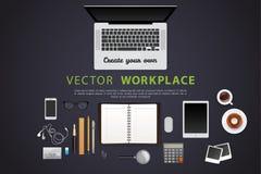Arbeitsplatz mit lokalisierten Gegenständen Lizenzfreies Stockbild
