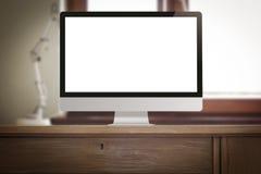 Arbeitsplatz mit PC-Computer auf Schreibtisch Stockfotografie