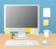 Arbeitsplatz und Monitor Stockbilder
