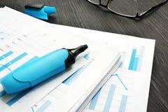 Arbeitsvermarktende Dokumente des geschäfts lizenzfreies stockfoto