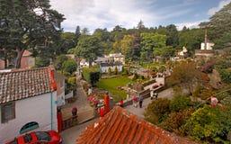 arbeta i trädgården byn Royaltyfri Foto