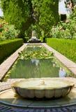 arbeta i trädgården generalife granada spain royaltyfria foton