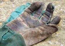 arbeta i trädgården handskar Arkivbilder