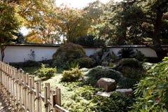 arbeta i trädgården japanen Fotografering för Bildbyråer