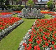 arbeta i trädgården kommunalt Royaltyfri Bild