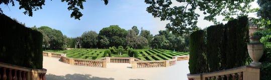 arbeta i trädgården labyrinten arkivfoton