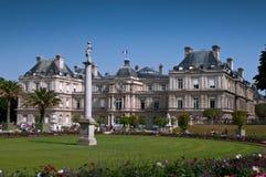 arbeta i trädgården luxembourg paris Royaltyfri Fotografi