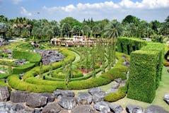 arbeta i trädgården nongnooch pattaya thailand Arkivfoton