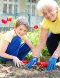 Arbeta i trädgården och att plantera begrepp Royaltyfria Foton