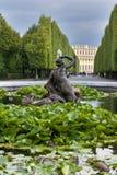 arbeta i trädgården slottschonbrunn Arkivbilder