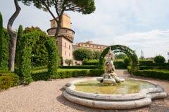 arbeta i trädgården vatican Royaltyfria Foton