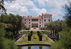 arbeta i trädgården den miami slotten vizcaya Arkivfoto