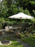 arbeta i trädgården inställningen Royaltyfri Bild