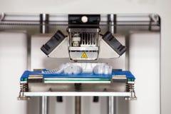 Arbetande skrivare 3D Arkivfoto