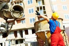 arbetare för byggmästarekonstruktionslokal royaltyfri fotografi