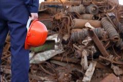Arbetare i återvinningmitt Royaltyfri Fotografi