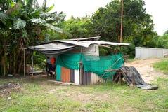 Arbetarnas hus på konstruktionsplatsen Arbetares läger på Co arkivfoton
