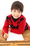 arbete för barnskrivborddeltagare royaltyfri bild