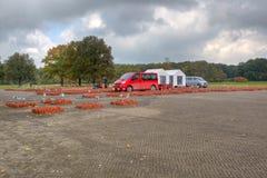Arbete på den minnes- stenen i 102.000 läger Westerbork Royaltyfri Foto