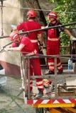 Arbeten för underhåll för spårvagnmaktraster i Warszawa, Polen Fotografering för Bildbyråer