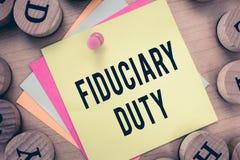 Arbetsuppgift för Fiduciary för textteckenvisning Begreppsmässigt lagligt åtagande för foto A att agera i största vikt av annan royaltyfri bild
