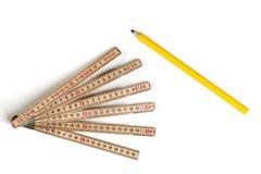 Arbetsuppgift- och blyertspennamateriel Royaltyfria Bilder