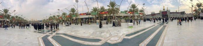 Arbiana远足、巨大全球性汇聚、穆斯林环球,数百万妇女和人,宗教运动在伊拉克 免版税库存图片