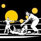 Arbitre comptant en bas du boxeur Photographie stock libre de droits