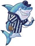 Arbitre moyen Shark de bande dessinée avec le football et le sifflement Images libres de droits