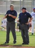 Arbitres de base-ball de lycée photo stock