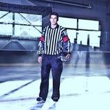 Arbitro del hokey di ghiaccio Fotografie Stock