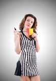 Arbitro della donna con la carta sul bianco Fotografie Stock Libere da Diritti
