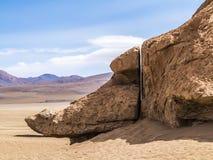 Arbol de Piedra (δέντρο πετρών) είναι ένας απομονωμένος σχηματισμός βράχου στο BO Στοκ Φωτογραφίες