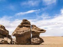 Arbol de Piedra (δέντρο πετρών) είναι ένας απομονωμένος σχηματισμός βράχου στο BO Στοκ Φωτογραφία