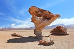 Arbol de Piedra eller stentree på Altiplano Royaltyfri Bild