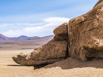 Arbol de Piedra (stone tree) is an isolated rock formation in Bo. Arbol de Piedra (stone tree) is an isolated rock formation in the bolivian desert Stock Photos
