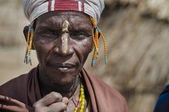 从Arbore部落的老人 图库摄影