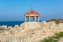 Arbour on ruins Royalty Free Stock Image