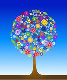 Arbre coloré avec des fleurs Photo stock