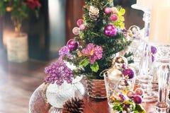 arbre d'illustration de décorations de Noël 3d Image libre de droits
