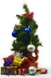 arbre d'isolement par Noël Images stock