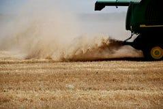 Arbre de blé de moissonneuse Photo libre de droits