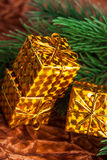 arbre de cadeau de Noël de cadre photo libre de droits