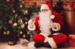arbre de Claus Santa de Noël Photographie stock