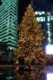 Arbre de Noël au centre de la ville Photographie stock