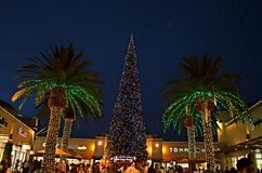 Arbre de Noël aux débouchés de citadelle Photo stock