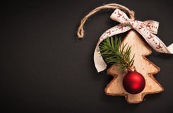 Arbre de Noël avec des boules Images stock