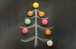 Arbre de Noël avec des macarons Image libre de droits
