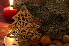 Arbre de Noël avec la lueur de chandelle Images stock