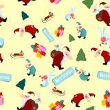 Arbre de Noël avec le père noël et des cadeaux Photos libres de droits